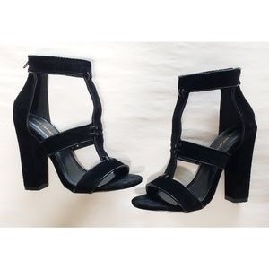 Shoe Republic LA Black W/Back Zipper
